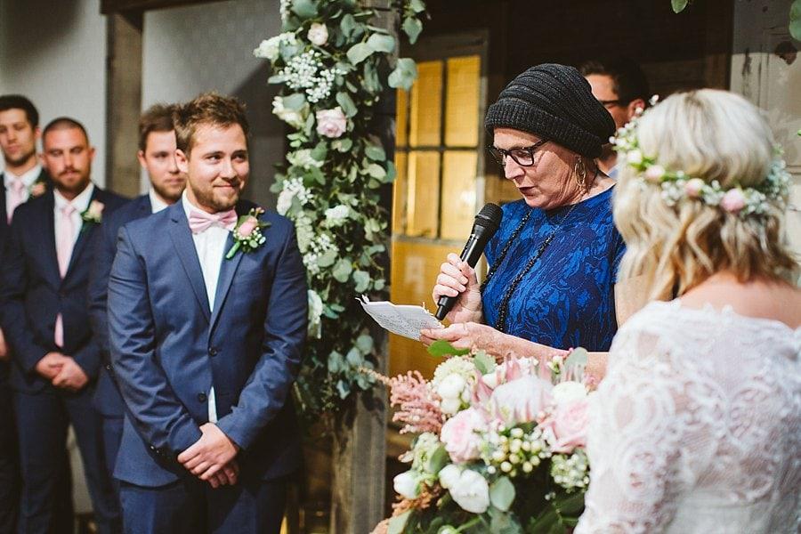 budgie-smuggler-ringwood-wedding-photos_0071