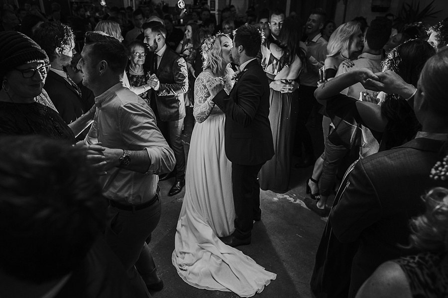 budgie-smuggler-ringwood-wedding-photos_0090